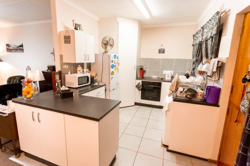 Address not available!, 2 Bedrooms Bedrooms, ,1.5 BathroomsBathrooms,Home,Amber Valley For Sale,1403